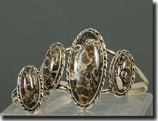 Turitella Agate Bracelet & Ring